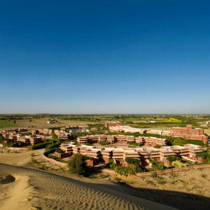 Sand Dunes & Castle Trip